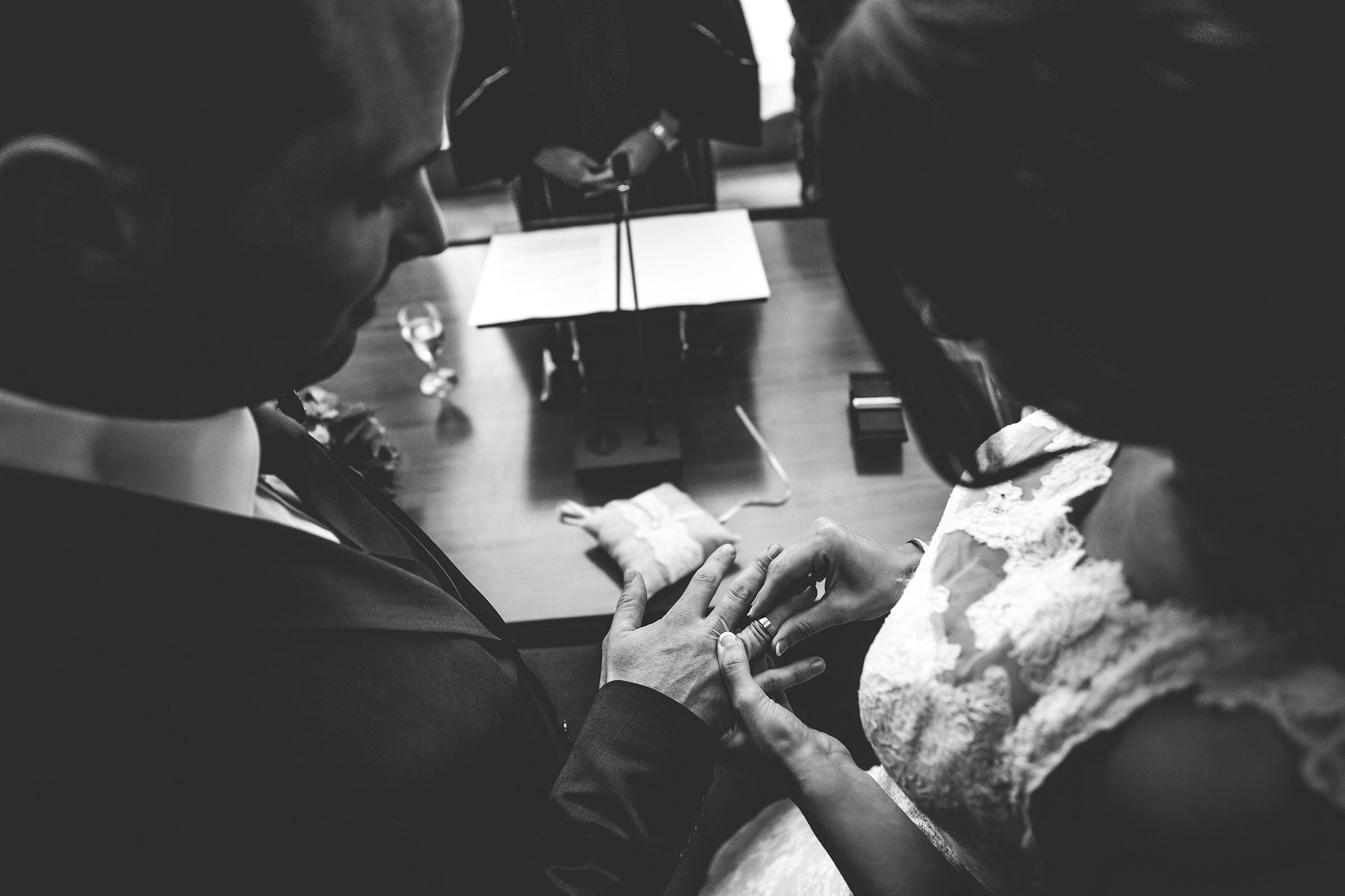 Bas-Driessen-Fotografie—Lars-en-Bianca-Koreman—aanschuifmoment